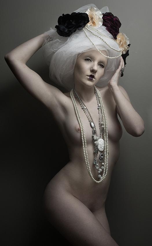 Model Ivory Flame